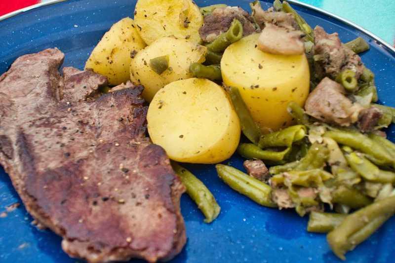 Bphnengemüse mit Wildschwein Steak