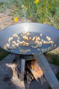 Pasta-Spargel-Pinienkerne